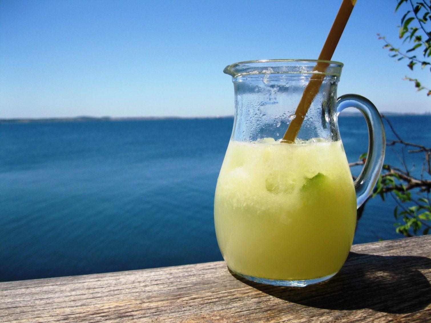 Лятото и каничка с лимонада