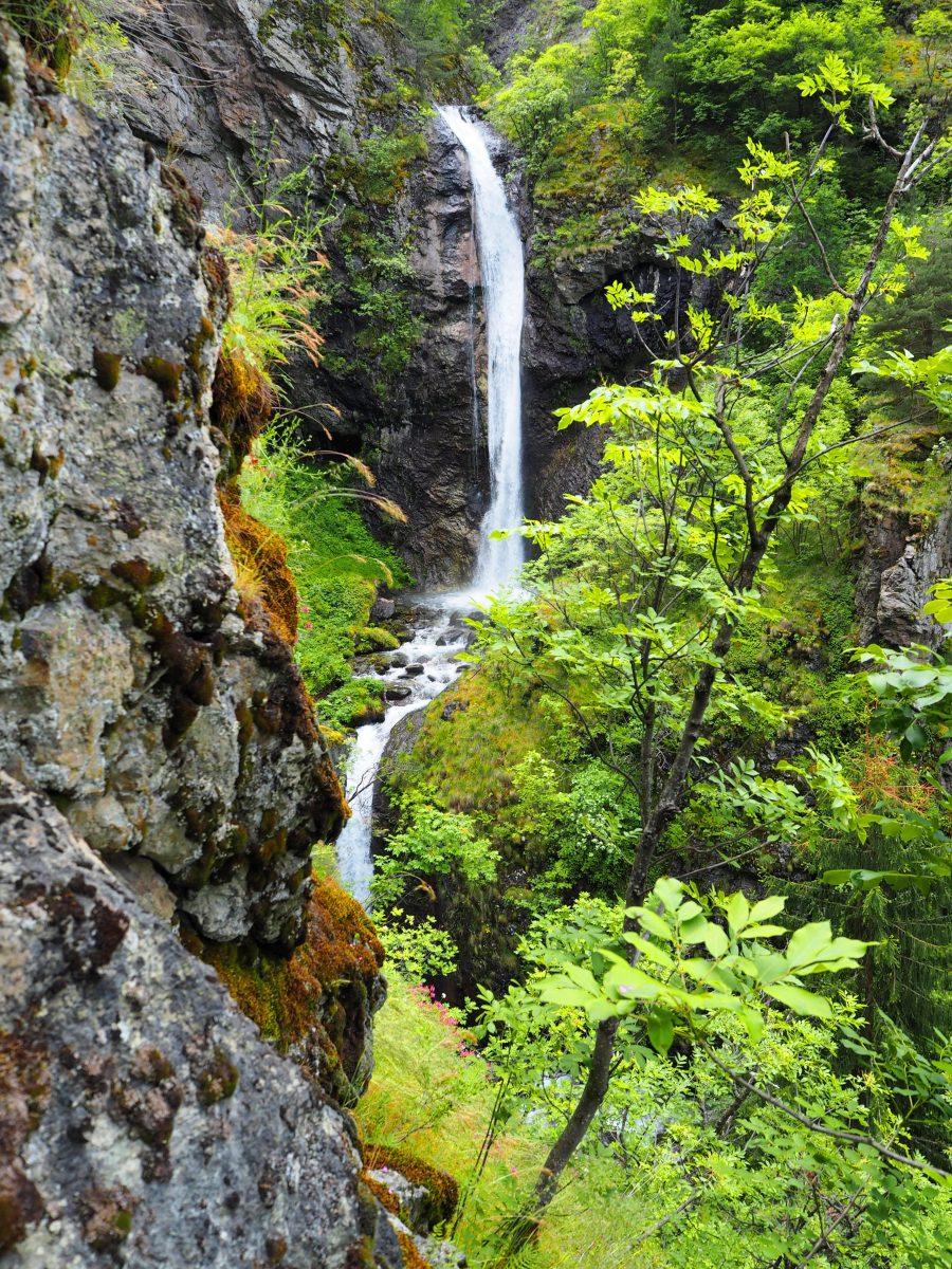 Водопад Овчарци в Рила