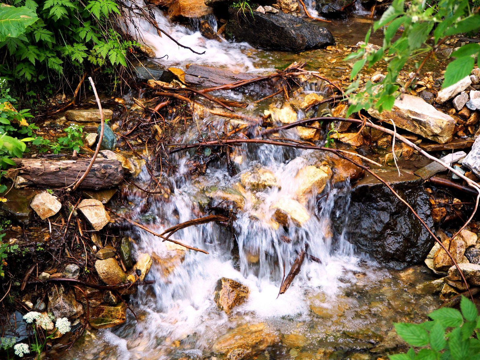Планински поток в Рила планина